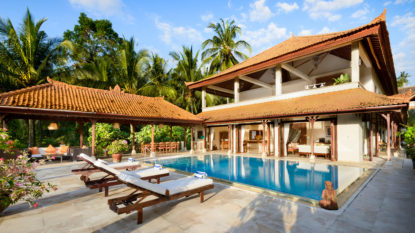 7 bedroom holiday rental villa in Balian Beach