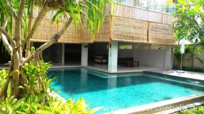 4 bedrooms villa near Berawa beach