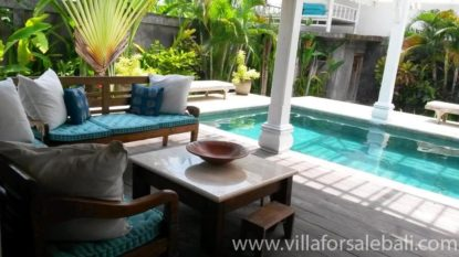 3 bedroom villa with stunning rice field view in Canggu