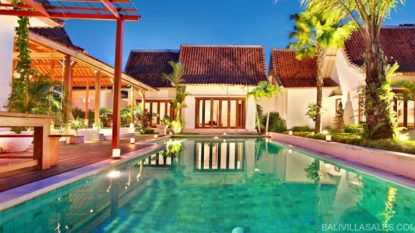 Luxury 5 bedroom villa in Pererenan