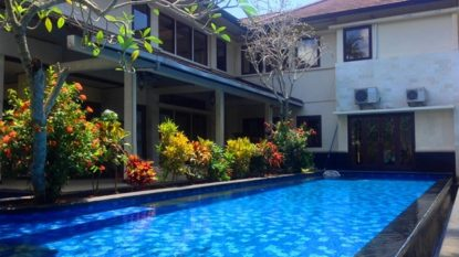 Nice 4 bedroom villa with spacious swimming pool in safe residential of Nusa Dua area