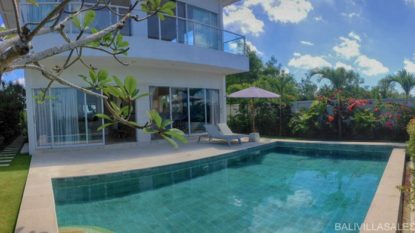 Luxury 3 bedroom villa with beautiful view in Jimbaran