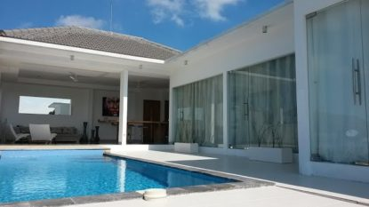 Beautiful 5 bedroom villa with rice field view in Canggu area