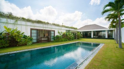 Luxury 5 bedroom villa in prime location of Seminyak