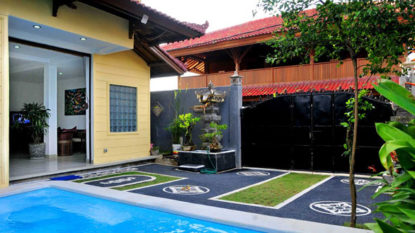 Beautiful 3 bedroom house with swimming pool in Kerobokan area