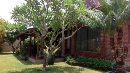 Classic Joglo house for leasehold in Umalas