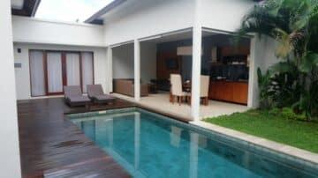 2 bedroom accommodation Villa for sale in Umalas area
