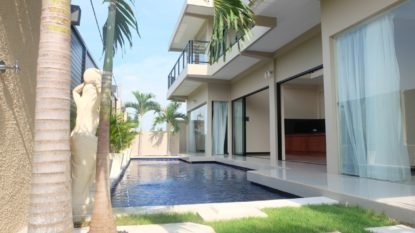 Brand New 4 bedroom villa in tranquil area of Canggu