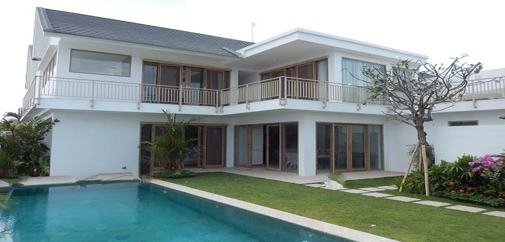 3 bedroom private villa in Canggu area