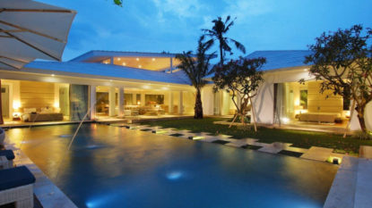 Stunning 4 bedroom villa near Berawa Beach Canggu