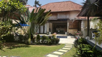 Nice 4 bedroom private villa in Batu Belig area