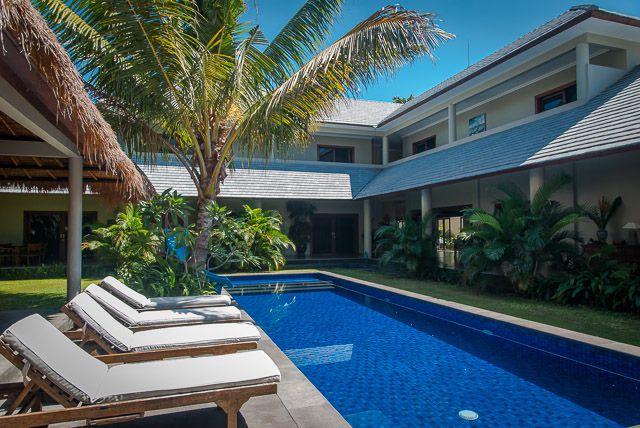 Amazing 6 bedroom villa in Sanur (beach side)