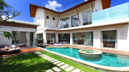 4 bedroom villa in Seminyak area