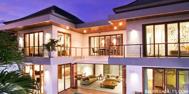 Amazing Villa / Commercial Investment