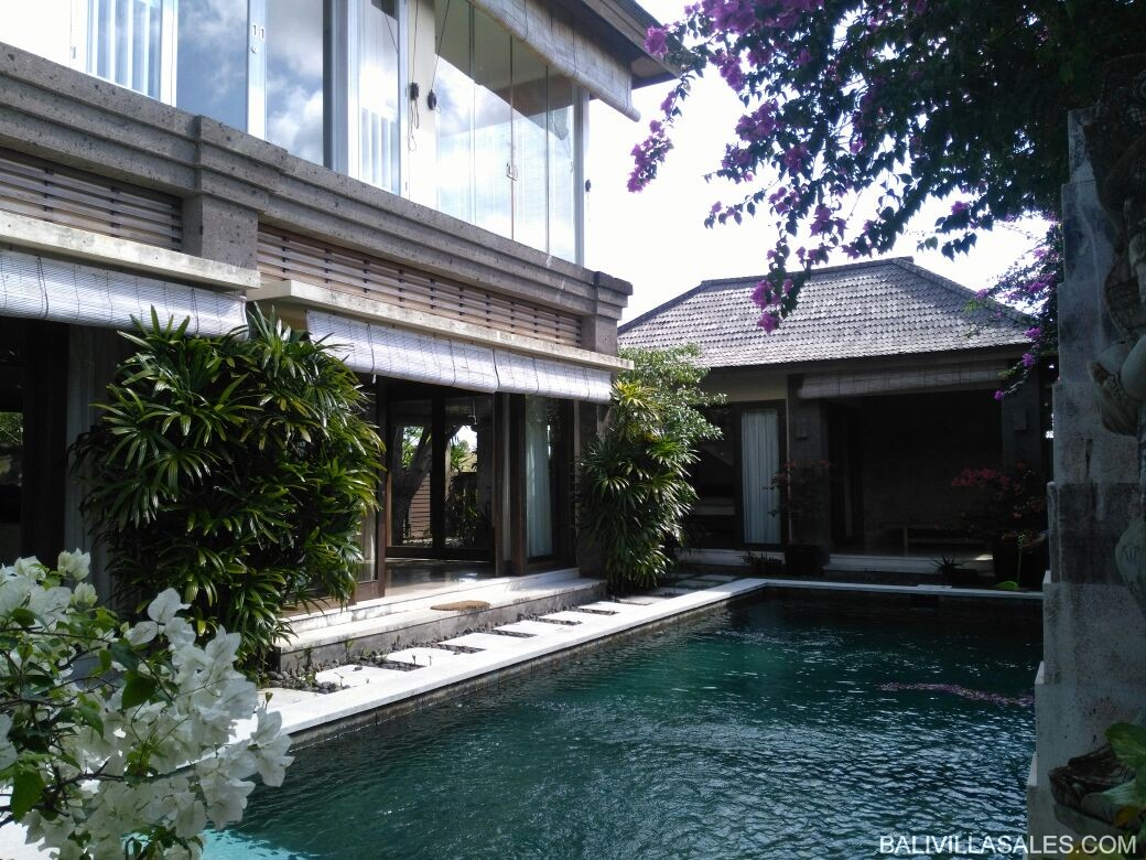 Freehold 4 bedroom villa in Bukit Jimbaran