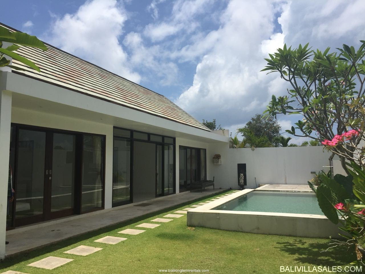 Freehold 2 bedroom villa in Nusa Dua