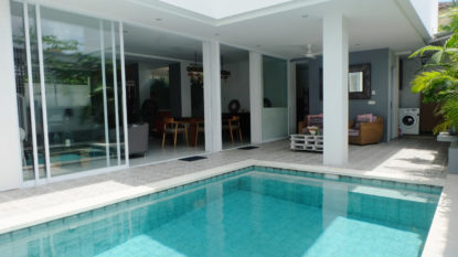 4 bedroom villa in Berawa step away from the beach