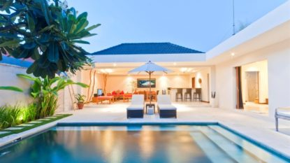 Holiday Villa on Eat Street – Prime Location