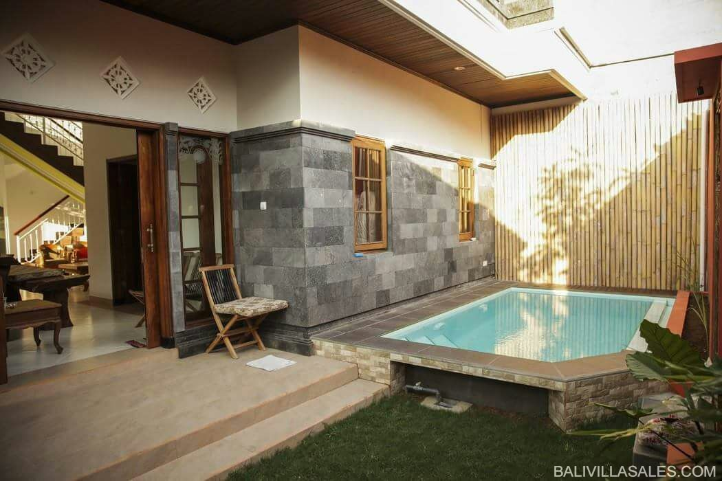 Freehold 4 bedroom villa in Sanur area