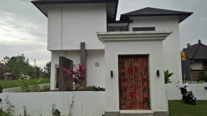 Lovely 2 bedroom villa with rice field and sunset views!