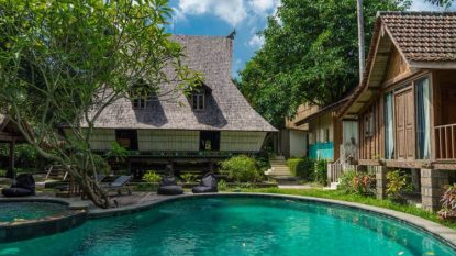 Business for sale 9 bedroom ethnic villa in Canggu