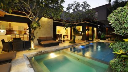Modern 3 bedroom villa in Seminyak area (Freehold)