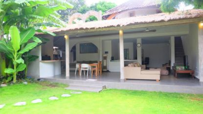 2 bedroom villa in great Seminyak location!
