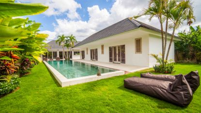 Hot Deal! 3 bedroom villa in Canggu area