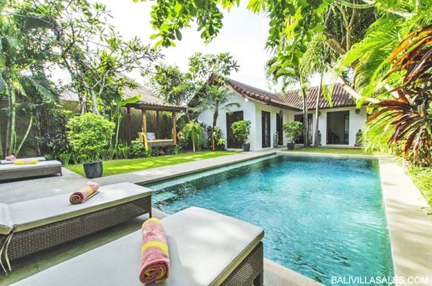 Great Investment 3 bedroom villa in Oberoi