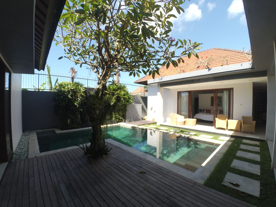 Freehold 3 bedroom modern villa in Sanur