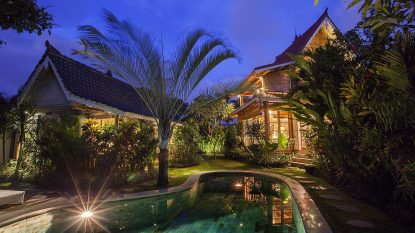 Romantic 2 bedroom villa walking distance to Berawa beach