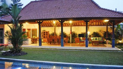 Modern Balinese and Javanese decor villa in Umalas