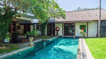 Tropical style 3 bedroom villa in Berawa