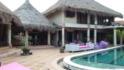 3 bedroom villa + a bungalow in Umalas