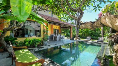 Beautiful 3 bedroom beach villa in Sanur for leasehold