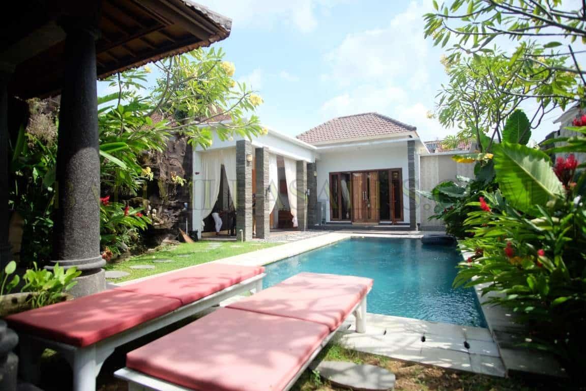 Freehold 3+1 bedroom villa in Berawa-Canggu