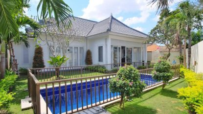 3 bedroom Elegant villa for sale in Berawa