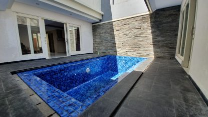 Nice 3 Bedrooms Villa in Balangan