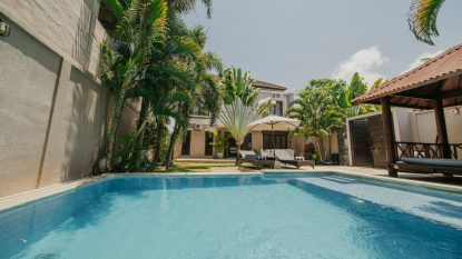 FREEHOLD VILLA IN BERAWA CANGGU
