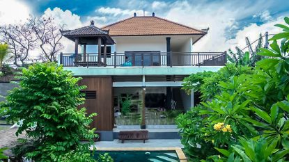 LEASEHOLD VILLA NEAR THE BEACH