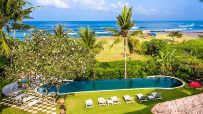 Grand 6 bedroom luxury beachfront villa on over 1 Hectare of land