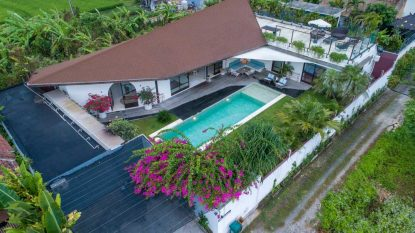 Stunning well designed 5 bedroom villa for sale leasehold in North Canggu.