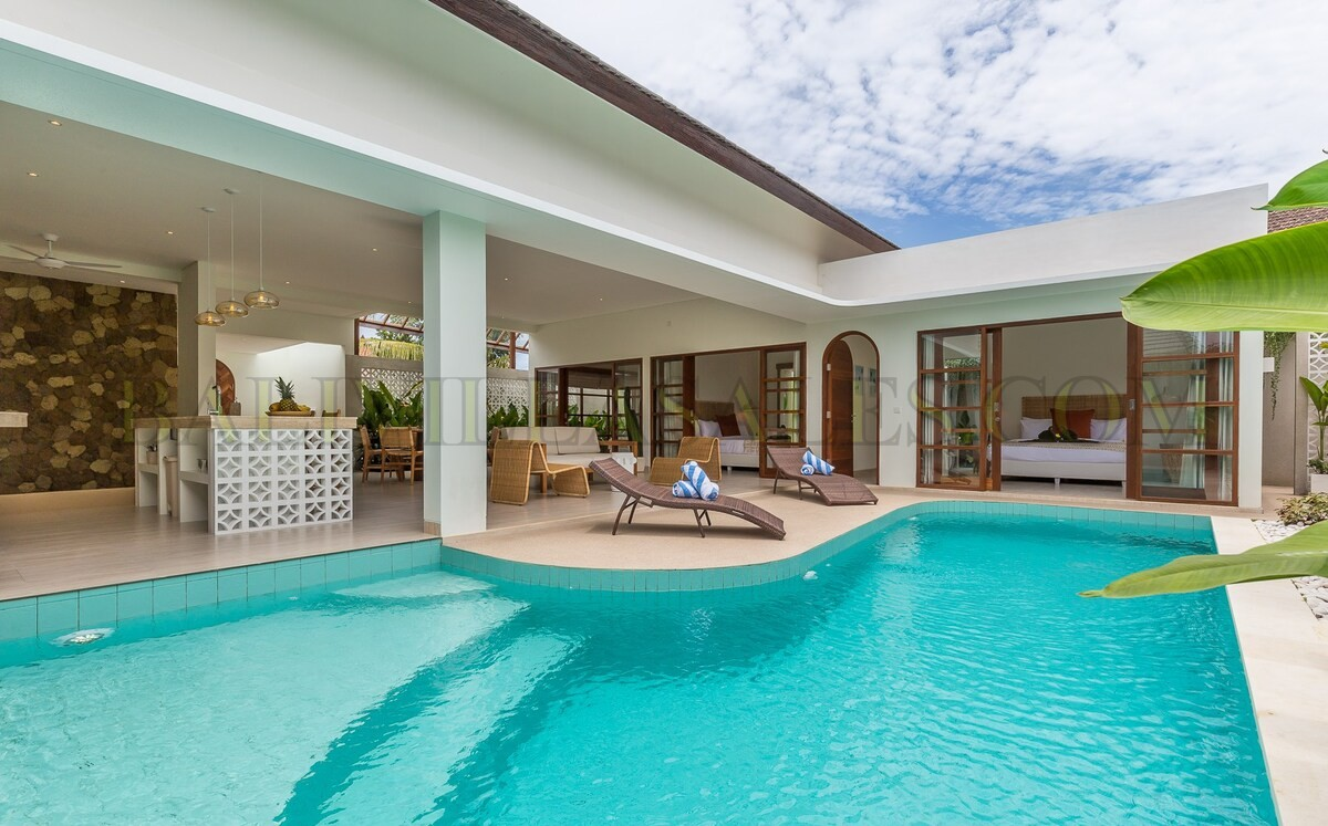 Villa dengan desain yang cantik di Berawa