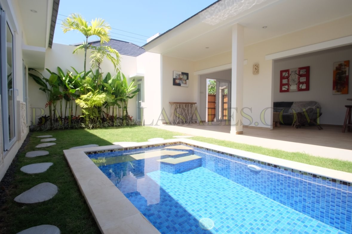 COZY 3 BEDROOMS VILLA FOR LEASEHOLD IN SANUR BEACH